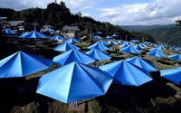Christo und Jeanne-Claude Umbrellas Japan Fotografie