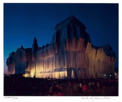 Christo and Jeanne-Claude Reichstag 22 Uhr Photograph