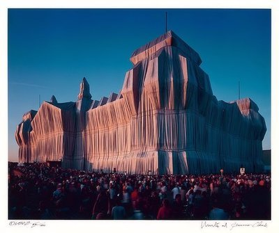 Christo and Jeanne-Claude Reichstag 20 Uhr Photograph